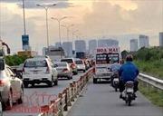 Xe khách Hoa Mai thản nhiên chạy vào làn xe máy trên đường dẫn cao tốc TP Hồ Chí Minh – Long Thành – Dầu Giây