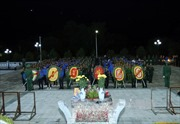 Dâng hương tưởng niệm các anh hùng liệt sỹ tại Nghĩa trang Liệt sỹ Tông Khao