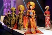 Tạp chí Argentina ca ngợi vẻ đẹp tà áo dài Việt Nam
