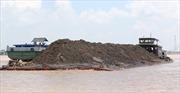 Thận trọng trong cấp phép, gia hạn thời gian khai thác cát