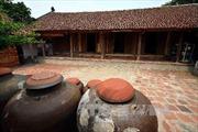 Hỗ trợ người dân làng cổ Đường Lâm làm du lịch