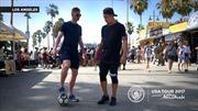 Sao nhà Manchester City bất ngờ dùng kỹ thuật xỏ háng trêu ghẹo người dân Los Angeles