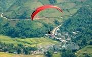 100 phi công tham gia Festival dù lượn 'Bay trên mùa vàng'