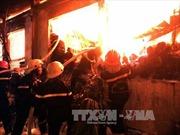 Cháy lớn tại thị trấn Xuân Mai, hai người tử vong