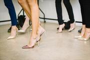 Philippines cấm bắt buộc nữ nhân viên phải mang giày cao gót tại công sở
