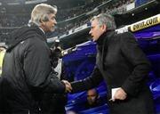"""Mourinho """"nổi đóa"""" với các học trò"""
