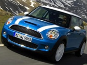 BMW thu hồi 89.000 ôtô dòng Mini Coopers