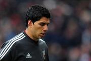 Rắc rối đầy mình, Suarez vẫn được gọi lên tuyển