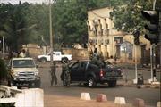 Quân đảo chính ở Mali bị nhiều áp lực