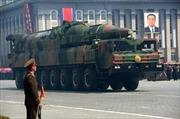 """Triều Tiên """"khoe"""" tên lửa mới trong lễ duyệt binh"""