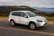 Toyota giới thiệu mẫu xe SUV chạy bằng điện