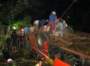 Vụ tai nạn tại cầu Sêrêpôk có thể do nổ lốp xe
