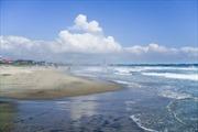Bãi biển đầu tiên ở Fukushima 'mở cửa' sau thảm họa hạt nhân ở Nhật Bản