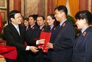 Trao quyết định bổ nhiệm kiểm sát viên, thẩm phán cấp Trung ương