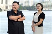 Chuyên gia thời trang ca ngợi vợ ông Kim Jong-un