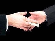 Nhận hối lộ, 4 cán bộ quản lý thị trường bị tạm giữ