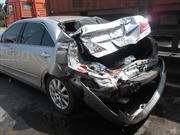 Tai nạn liên hoàn, xế hộp bạc tỷ bị tông bẹp dúm