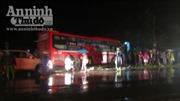 Xe khách đâm trực diện xe du lịch, 3 người chết