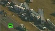 Video: Xe ô tô chất đống sau tai nạn trên đường cao tốc