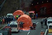 Nhật lập ban điều tra vụ sập hầm