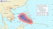 Bão Bopha hướng vào Biển Đông, gió giật cấp 14
