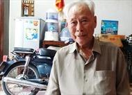 Gần 100 tuổi vẫn chạy xe máy làm từ thiện