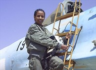 Hy hữu nữ phi công bắn hạ chính người thầy lái MiG-29