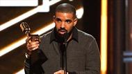 Drake đi vào lịch sử tại lễ trao giải Billboard 2017 khi ẵm tới 13 giải