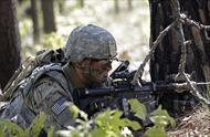 Lầu Năm Góc tung tiền giữ chân, binh sĩ Mỹ nhận ngay 90.000 USD nếu ở lại thêm 4 năm