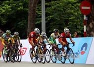 Khai mạc cuộc đua xe đạp 'Về Trường Sơn' năm 2017
