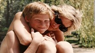 Anh em Hoàng tử William hối tiếc về lời cuối nói với Công nương Diana