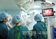 Cứu sống sản phụ bị thai nhi nằm ngang do các khối u xơ khắp tử cung