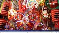 Phố lồng đèn Sài Gòn hút khách vui Trung thu sớm