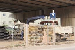 Hà Nội kiểm tra sử dụng gầm cầu trông giữ xe