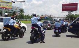 Ở Hà Nội, không có chuyện vệ sĩ hú còi, vung gậy