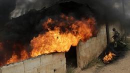 Mỹ cân nhắc cung cấp vũ khí cho phe nổi dậy Syria