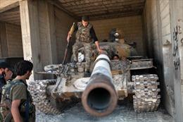 Phe nổi dậy Syria chiếm giữ hàng trăm xe tăng