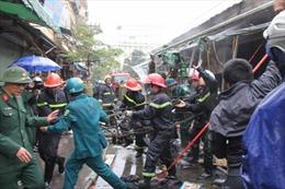 Hình ảnh cháy chợ Nhà Xanh, Hà Nội