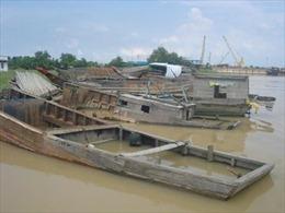 Truy quét 'cát tặc' trên sông Đồng Nai