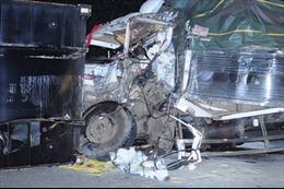 Container rơi gây tai nạn chết người trên đèo Mimosa, Đà Lạt