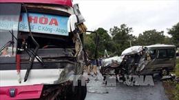 Hai ô tô chở người Việt đâm nhau tại Lào, 8 người thương vong