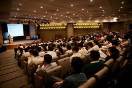 Việt - Lào đẩy mạnh hợp tác bồi dưỡng cán bộ quản lý