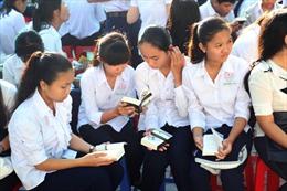 Trao tặng hơn 100.000 cuốn sách cho thanh niên tại 6 tỉnh, thành phố