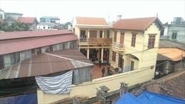 4 người trong gia đình bị sát hại lúc nửa đêm tại Thạch Thất