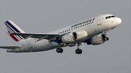 Máy bay đi Pháp đổi hướng sang Canada vì đe dọa có bom
