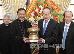 Đồng chí Nguyễn Thiện Nhân chúc mừng Giáng sinh tại Đắk Lắk