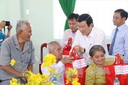 Chủ tịch nước Trương Tấn Sang chúc Tết tại Đồng Tháp