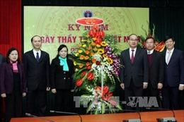 Lãnh đạo Đảng, Nhà nước chúc mừng đội ngũ y bác sỹ