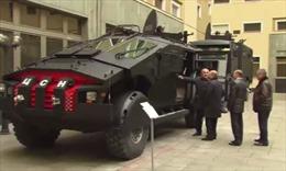 Tổng thống Putin duyệt xe quân sự mới