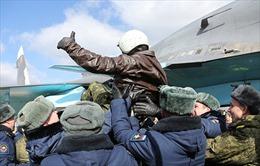 """Nga rút lực lượng khỏi Syria: Chỉ là """"lùi"""" chứ không """"thoái"""""""